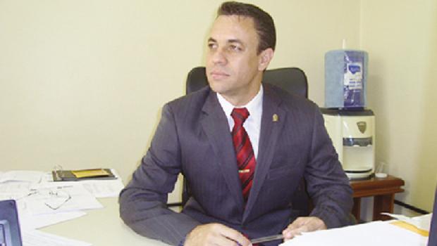 Delegado Deusny Silva: motivos da prisão não foram revelados Fernando Leite/Jornal Opção