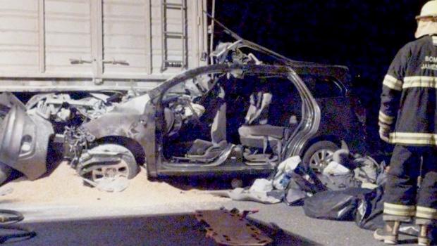 Veja fotos: Acidente em rodovia da Argentina mata familiares do Papa Francisco