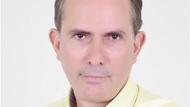 O prefeito Amastha se diminuiu ao se aliar ao grupo palaciano