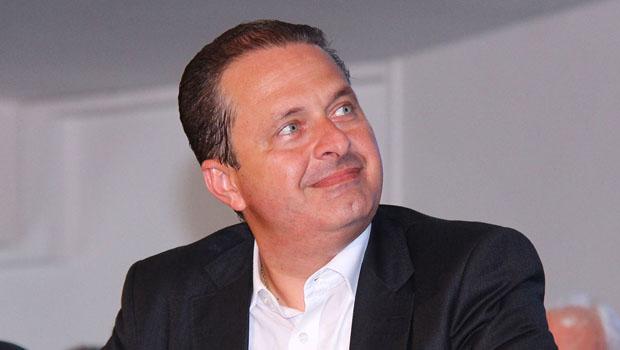 Candidato à presidência Eduardo Campos morre em acidente aéreo