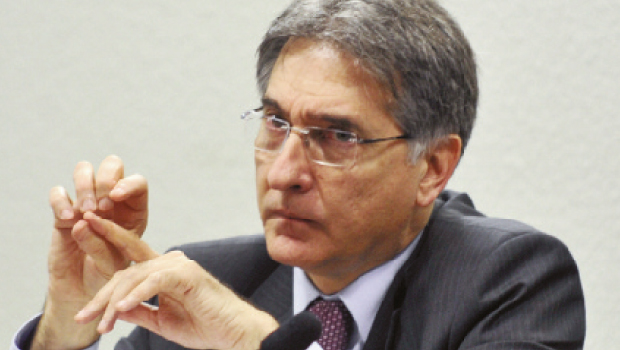 Petista Fernando Pimentel lidera a sucessão no Estado de Minas Gerais. Foto: Fabio Rodrigues Pozzebom/ABr