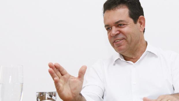 """""""Caiado é o oposto de Marina Silva, não é exemplo de conduta democrática"""""""