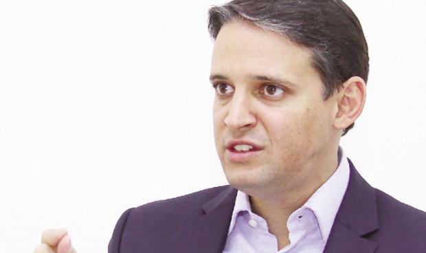 """""""Tem candidato ao governo fazendo proposta para a educação sem saber a realidade de Goiás"""""""