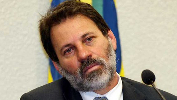 Delúbio Soares vai se entregar para cumprir pena da Lava Jato