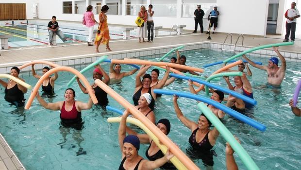 Químicos poderão se tornar responsáveis por tratamento de piscinas públicas e coletivas