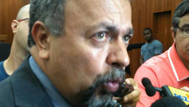Sessão que votaria planta de valores de Goiânia é suspensa para reunião com vereadores da base