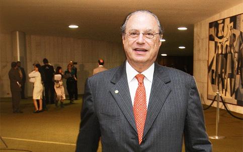 Enquadrado na Lei da Ficha Limpa, Paulo Maluf tem registro de candidatura indeferido