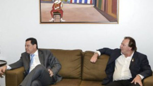 Robledo diz que Júnior Friboi e sua família vão votar em Marconi Perillo para governador de Goiás