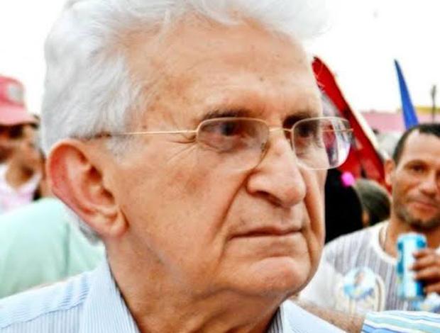 Padre Getúlio de Alencar, do PMDB de Santo Antônio do Descoberto, declara apoio a Marconi