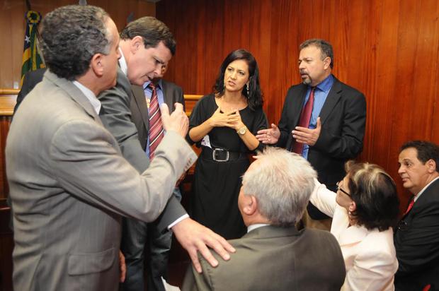 Audiência pública que debateria reajuste do IPTU/ITU é remarcada em meio a polêmica