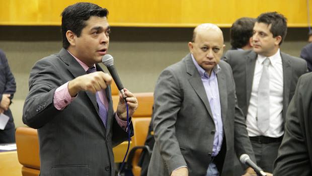 Alteração na alíquota do IPTU é aprovada mesmo com divisão de vereadores do PT na Câmara de Goiânia