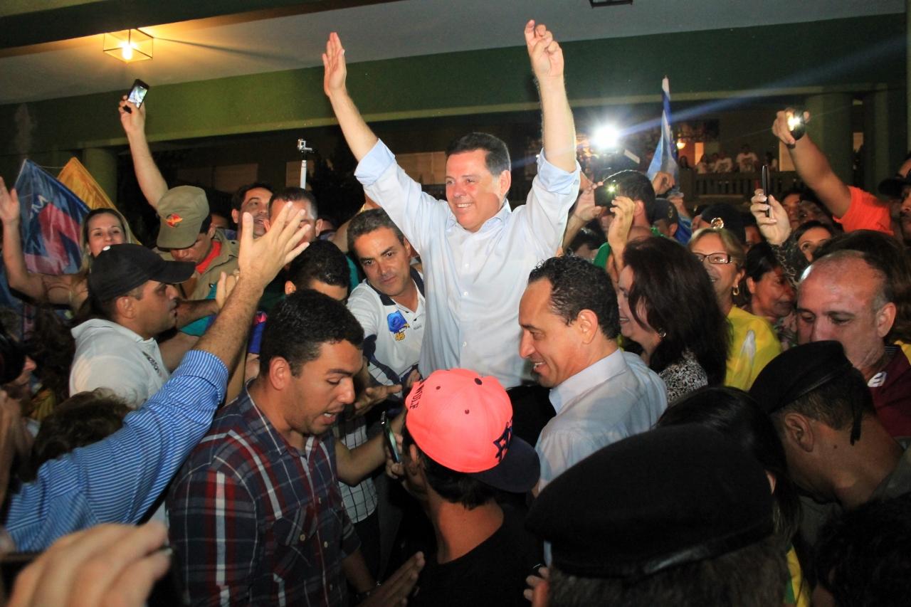 """Governador de Goiás pela quarta vez, Marconi comemora reeleição e diz que """"bom senso prevaleceu"""""""