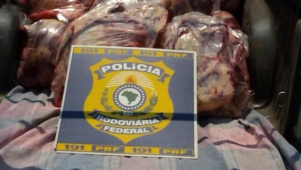 Veja vídeo: PRF apreende carne clandestina destinada a restaurante nobre do Setor Marista