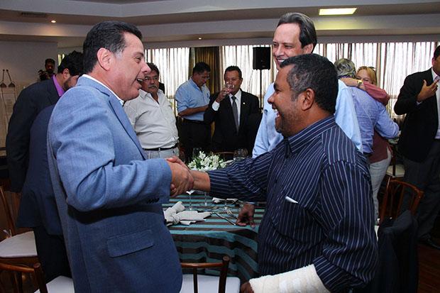 Santana Gomes apoia Flávia Morais, Marconi Perillo e José Eliton