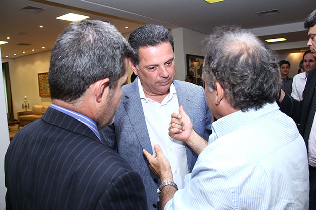 Deputados eleitos se unem para reeleger Marconi Perillo
