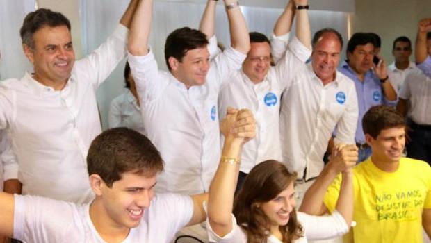 PSB exclui da direção quem é contra apoio a Aécio Neves