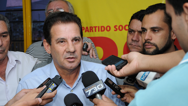 """""""Estou entre os indecisos"""", diz Vanderlan Cardoso sobre o segundo turno ao governo estadual"""