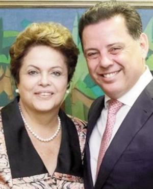 Dilma Rousseff e Marconi Perillo: deixando questiúnculas políticas para trás  Foto: Wagnas Cabral