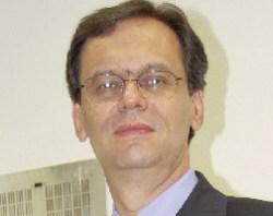 """Segundo Tito Amaral, Dilma tenta encobrir a """"roubalheira"""" que ocorre no governo do PT"""