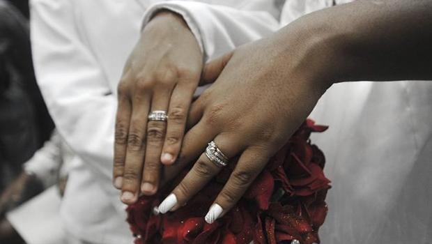 Anos após decisão do STJ,  Legislativo insiste em não reconhecer o casamento homoafetivo