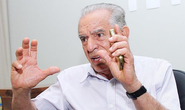 Iris Rezende está quase arrancando os cabelos devido a perda de 180 milhões de receita