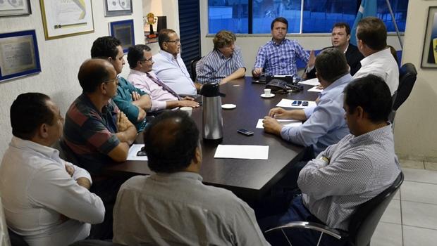 Reunião organizada pelo prefeito Evandro Magal (PP) - Foto: Thierry Reis / Secretária de Comunicação de Caldas Novas)