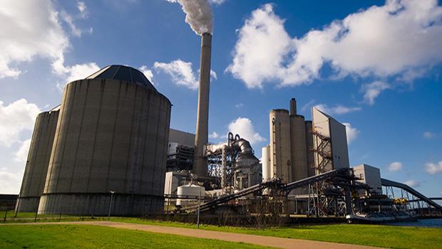 Indústria alavanca alta do emprego em Goiás, a maior do País em abril