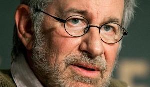 Steven Spielberg: materialização da expressão — arte cinematográfica — criada por Walter Benjamin / Artchive