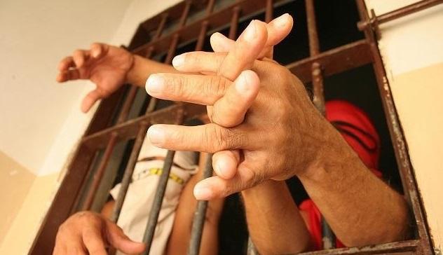 Oito presos fogem de cadeia em Iporá