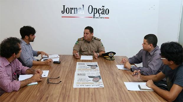 """Coronel Silvio Benedito em entrevista ao Jornal Opção: """"A capacidade não está na estrela ou no posto, mas na pessoa"""" / Foto: Fernando Leite/Jornal Opção"""