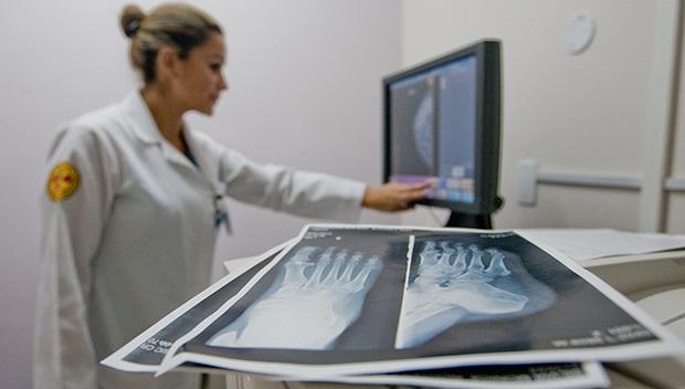 Plano de saúde terá que substituir serviço descredenciado por equivalente