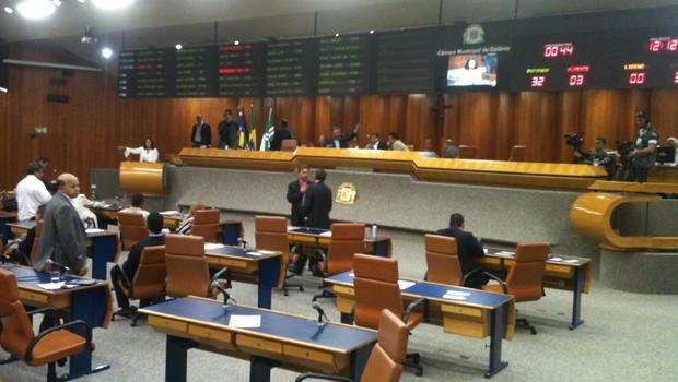 Prefeitura cria clima para aprovação de reajuste com apoio da base: índice seria de 25%