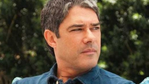"""William Bonner: o apresentador, já """"tratado"""", continua firme na bancada do Jornal Nacional   Foto?: Divulgação"""
