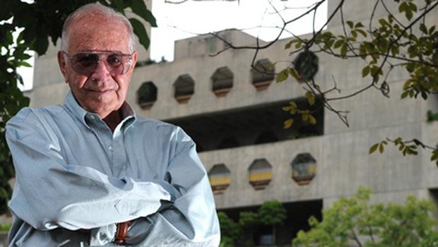 Aloysio Campos da Paz: o médico que revolucionou a ortopedia de qualidade no Brasil e que servia a toda a sociedade, do pobre ao rico