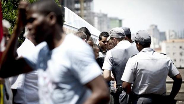 Índice de Vulnerabilidade Juvenil à Violência e Desigualdade mostra que os jovens negros têm 2,6 mais chances de morrer que os brancos   Foto: Marcelo Camargo/Agência Brasil