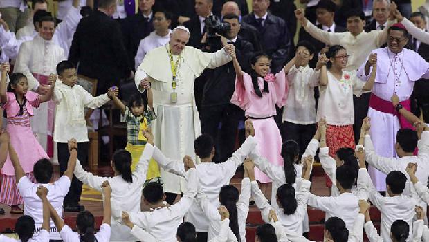 Papa Francisco, controle de natalidade, Obama, falta de água e superpopulação. Tudo tem a ver