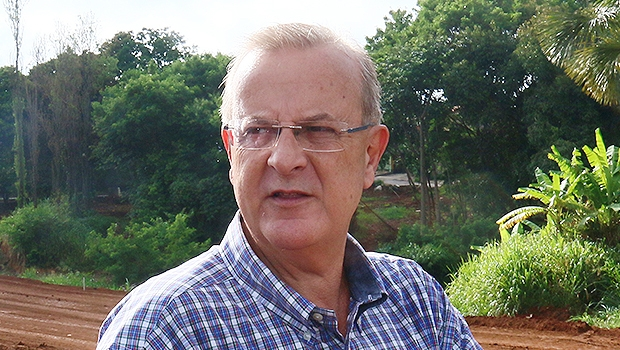Prefeito disse que terá certeza sobre decisão após reuniões nesta tarde | Foto: Fernando Leite/Jornal Opção