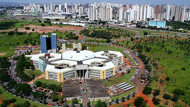 Em nota, Prefeitura de Goiânia defende contrato milionário para terceirização de iluminação pública