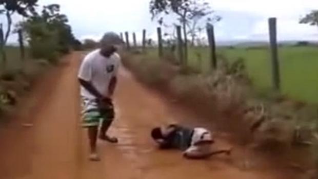 Jovem de 16 anos visto em vídeo de execução é sentenciado a 3 anos de internação