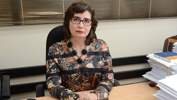 Promotora Leila Maria de Oliveira expediu ofícios cobrando a contabilidade das empresas de transporte coletivo | Foto: Assessoria de Comunicação Social do MP-GO