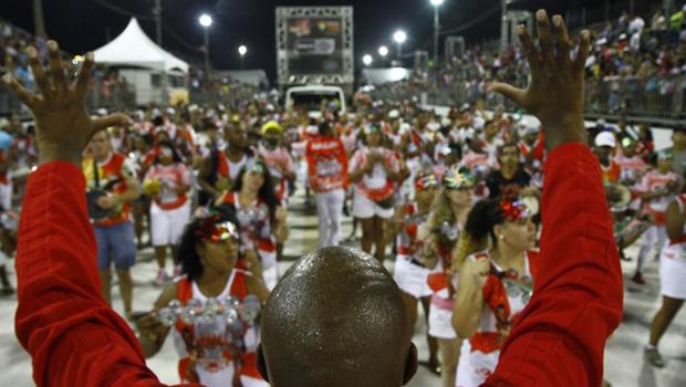 Conheça a história das escolas de samba