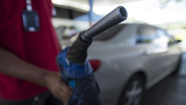 Mistura de etanol na gasolina deve passar de 25% para 27% este mês
