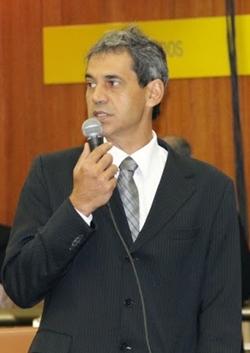 Líder do governo na Câmara, Carlos Soares (PT) acredita que dá tempo de reverter quadro | Foto: Eduardo Nogueira