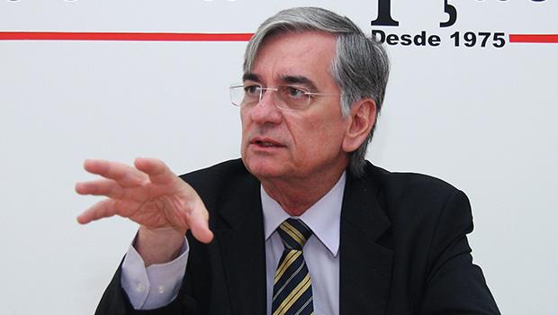 Mesmo sob pressão do PMDB e do PT, Leonardo Lins deve permanecer no comando da Celg