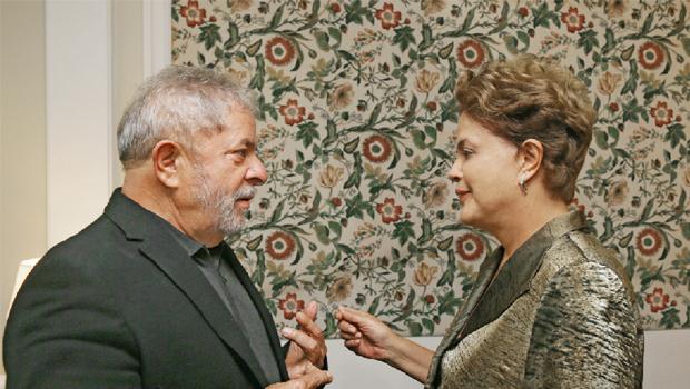 As crises que levaram Dilma voltar a procurar Lula em São Paulo a bordo do avião oficial