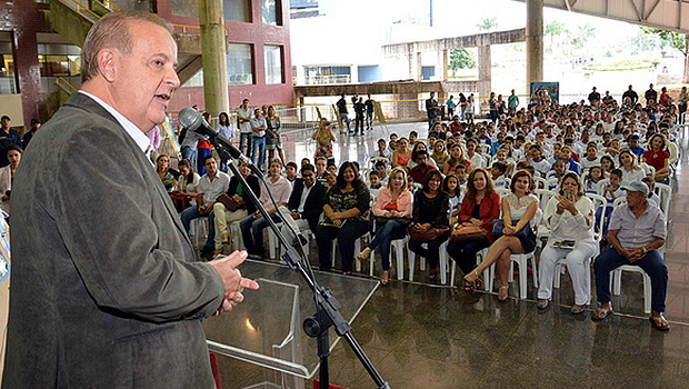 Paulo Garcia sinaliza troca na educação e Comurg