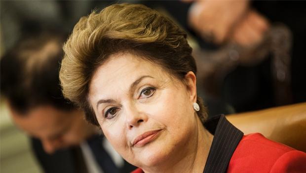 Dilma Rousseff:querem apontar para sua saída do poder; porém, até que se prove o contrário, não há indícios de sua ligação com os esquemas de corrupção Foto: Marcelo Camargo/ABR