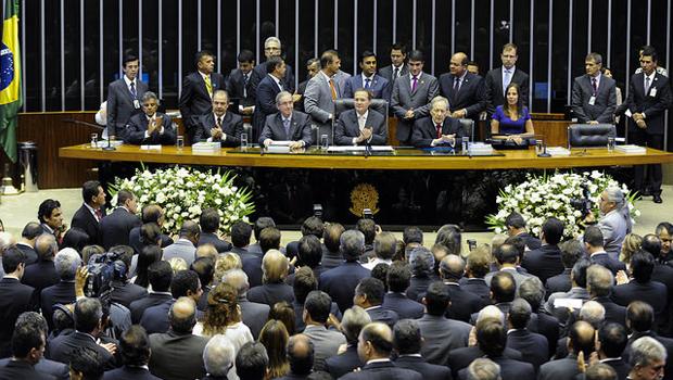Senado define comando das comissões e volta a discutir reforma política