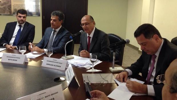 Em reunião, governadores discutem setor sucroenergético | Foto: reprodução / Siga Marconi