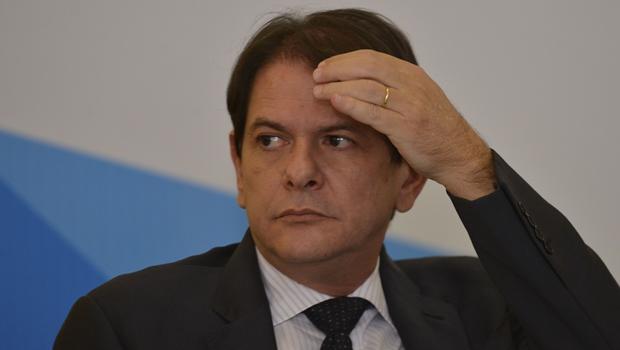 Câmara vai à Justiça contra o ex-ministro Cid Gomes